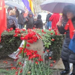Stèle de Stalingrad à Paris 2-2-2013