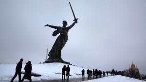 Un monument digne de Stalingrad et de Paris sur la place de la bataille de Stalingrad