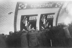 17-octobre-1961-metro-concorde-elie-kagan-tous-droits-reser
