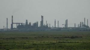 Soutenons les travailleurs en grève des raffineries TOTAL