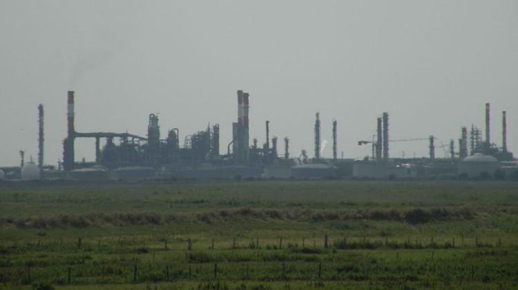 800px-Donges_raffinerie