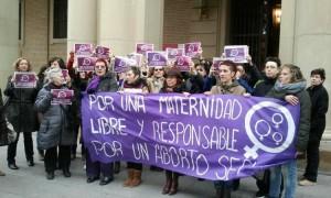 Pas touche aux droits des femmes ! Manifestons le 1er février !