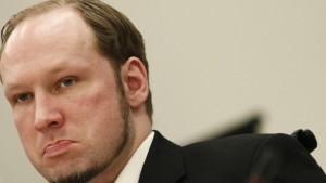 """Anders Behring Breivik nazi norvégien qui a assassiné 77 jeunes sociaux-démocrates en juillet 2011 a prédit """"nous sommes les premières gouttes de pluie qui annoncent l'orage"""", dans une lettre adressée à une prisonnière allemande néo-nazi."""
