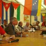 La réunion des Assises du Communisme sur le stand du PRCF le 14 septembre 2014