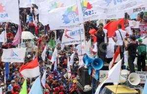 Indonésie : 1 million de grévistes, 50 000 personnes dans les rues de Djakarta pour le SMIC … à 200 €