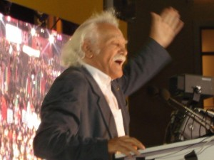 """Grèce : Glezos  """"Je demande au Peuple Grec de me pardonner d'avoir contribué à cette illusion"""""""