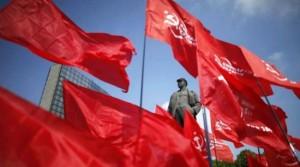 Présidentielle enUkraine, les communistes appellent à battre le putschiste Porochenko .