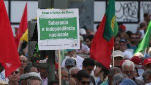 Nous voulons un Portugal avec un avenir et nous  avons besoin d'une politique patriotique et de gauche, qui ne se  soumettra pas, pas à l'Union européenne, pas à l'euro ! #PCP