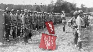 Les mutins de la Courtine : l'histoire oubliée de la rébellion des soldats russes sur le front français #vidéo [documentaire de Pierre Goetschel]