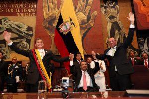 Equateur : la majorité parlementaire appelle le président Moreno à l'unité avec le vice président Jorge Glas