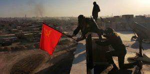 Libérée de Daech, le drapeau rouge flotte sur Raqqa !
