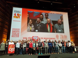 La CGT commerce rejoint la Fédération Syndicale Mondiale, la CGT 94 critique la CES