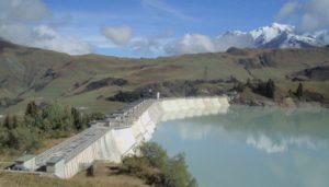 Tour de France : EDF mobilisés au barrage de Roselend et en Savoie contre la privatisation