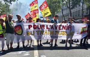 #grèveSNCF. Les cheminots toujours mobilisés. Le bilan financier de la SNCF confirme l'ampleur historique de la grève.