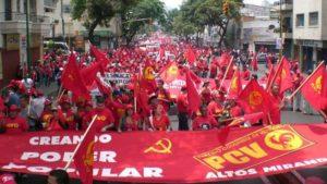 """""""Écraser la conspiration fasciste"""" l'appel du Parti Communiste du #Venezuela contre le coup d'État. @PCV_Venezuela"""