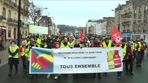 #Acte11 #GiletsJaunes : l'appel à la grève générale et la convergence avec les syndicats de luttes CGT, FSU et SUD.
