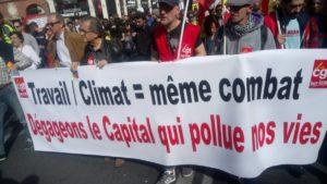 Mobilisation générale : 230 000 manifestants #Acte18 #Marchedusiècle
