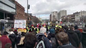 #ActeXVI : 100 000 manifestants, les violences policières visent un parlementaire !