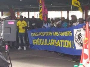 Interview d'un délégué syndical au piquet de grève des travailleurs sans-papiers de Chronopost Alfortville