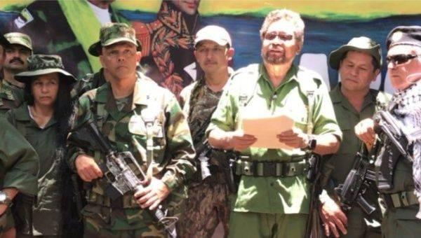 Colombie : Face à la violence du régime Duque et aux violations des accords de paix, des FARC obligées de reprendre les armes.