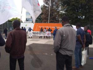 Exploitation des sans-papiers en France : Entretien à propos de l'entreprise Atalian !