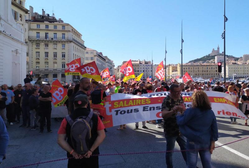 150 000 manifestants pour défendre les retraites face à la contre réforme Macron UE MEDEF
