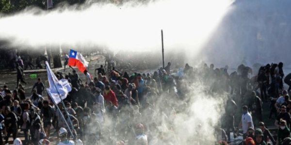Chili : le régime torture et assassine, le parti communiste chilien demande une assemblée constituante .