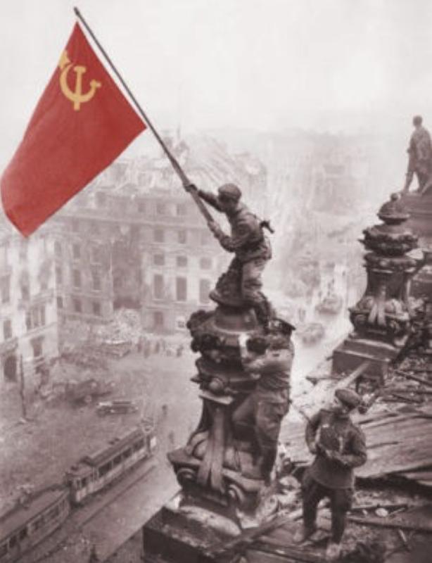 Combattons la fascisation et le négationnisme historique de l'Union européenne !