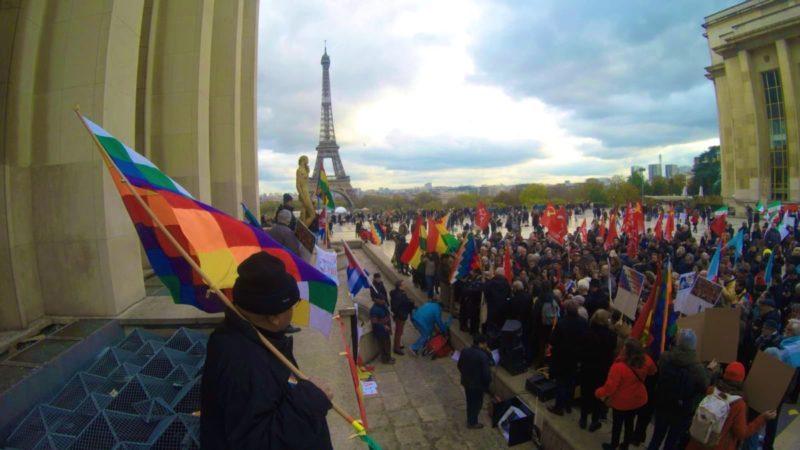 Paris manifeste pour soutenir #EvoMorales et condamner le #CoupdEtat en #Bolivie [ #Vidéos #Photos #FranciaConEvo ##EvoElMundoContigo]