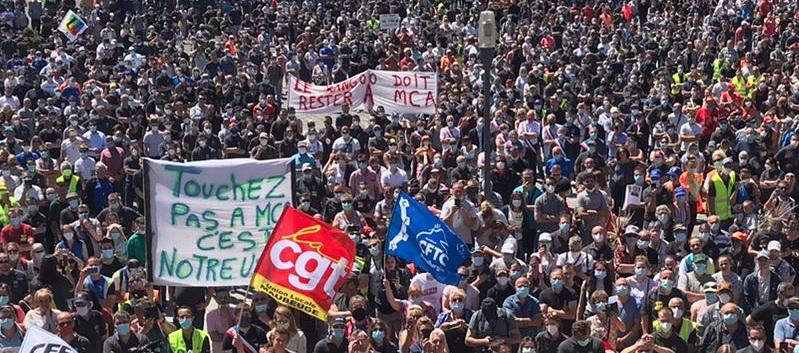 Énorme manifestation à Maubeuge contre les fermetures d'usines Renault, mensonges du régime Macron et les vrais chiffres des profits juteux du losange.
