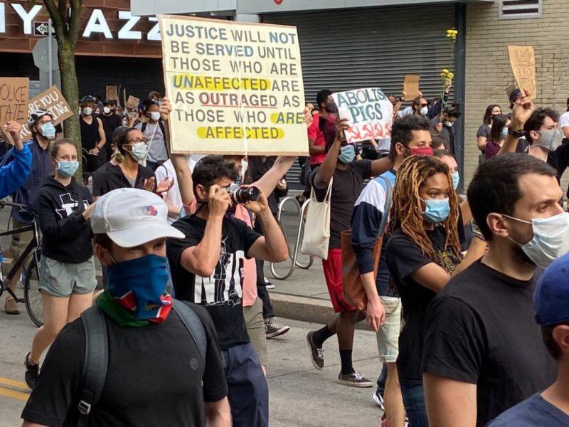États-Unis : lutte contre le racisme, lutte contre l'esclavagisme et le capitalisme.