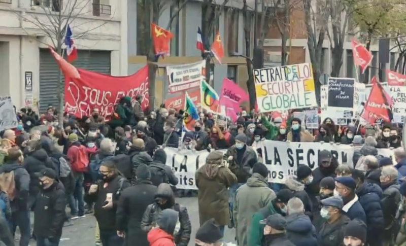 12/12 la mobilisation pour les libertés et contre la fascisation se poursuit dans la rue !