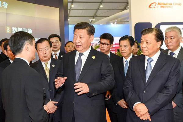"""Chine : """"Jack Ma va-t-il sarcler les pommes de terre ?"""" par Bruno Guigue"""