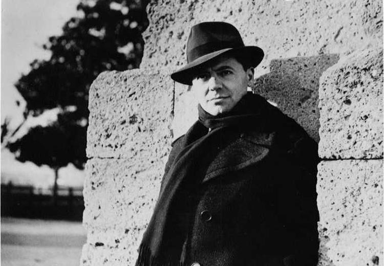 Sur la collaboration : Jean Moulin trahi, l'entretien d'Annie Lacroix-Riz sur Radio Béton.