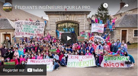 Les étudiants d'#AgroParisTech occupent le domaine de Grignon pour empêcher sa privatisation et défendre un lieu clé pour l'agroécologie.